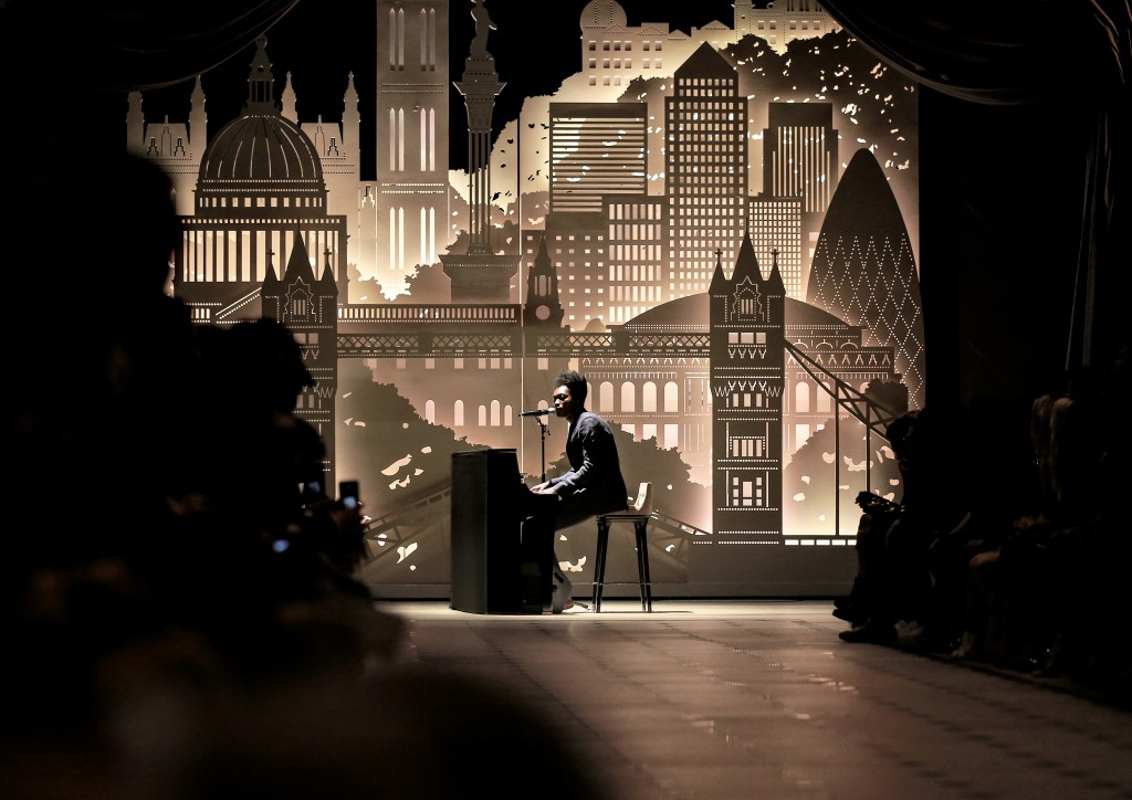 Benjamin-Clementine-performing-live-at-the-Burberry-_London-in-Los-Angeles_-event