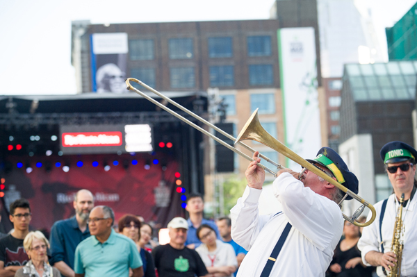 ©Benoit Rousseau - Festival International de Jazz de Montréal (Ambiance 1)